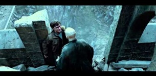 Harry Potter and the Deathly Hallows Part 2 - The Videogame : Official War is Coming Trailer [HD]